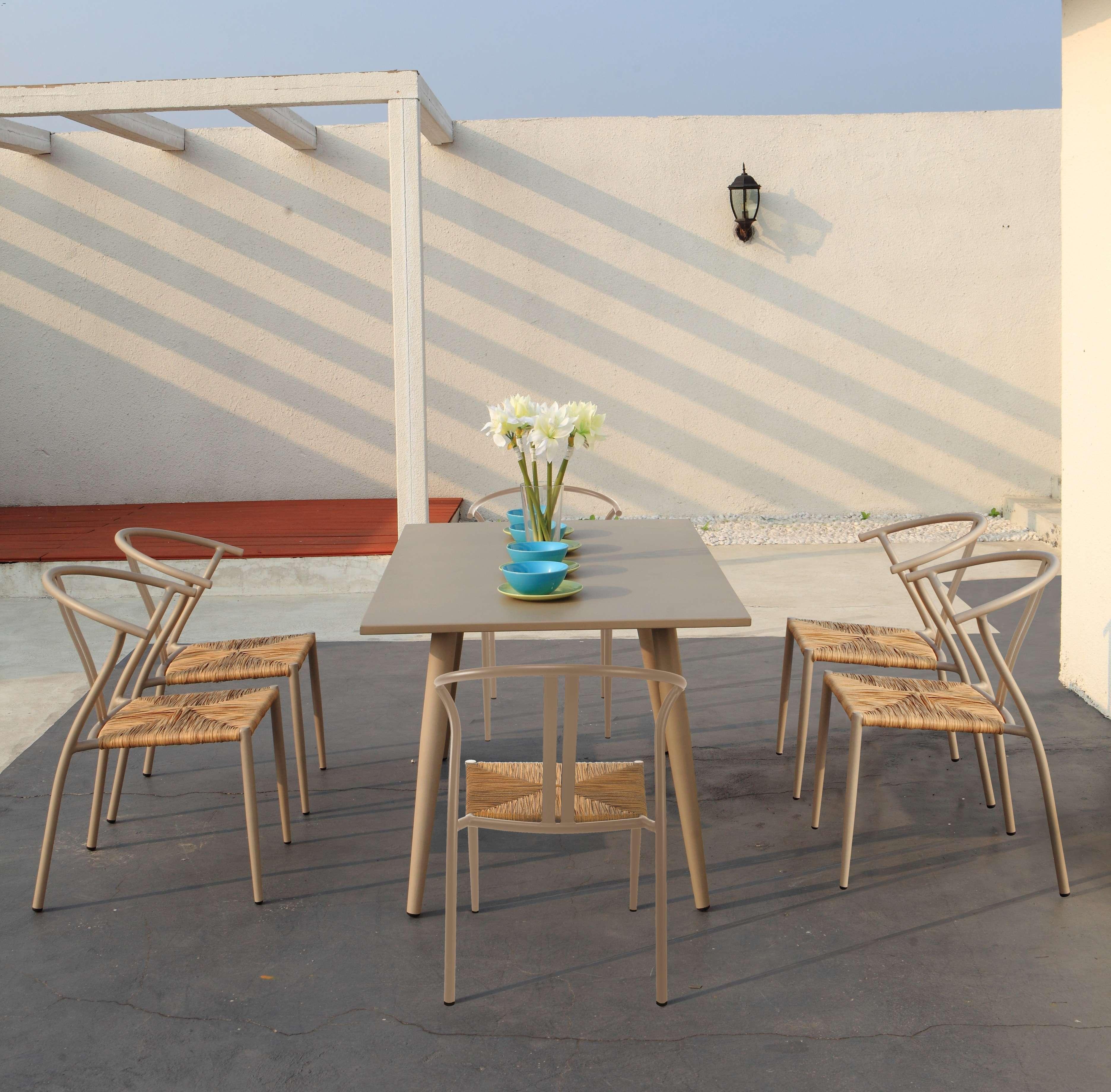 Ambientazione cha21rta21 greenwood mobili da giardino for Ambientazioni salotti