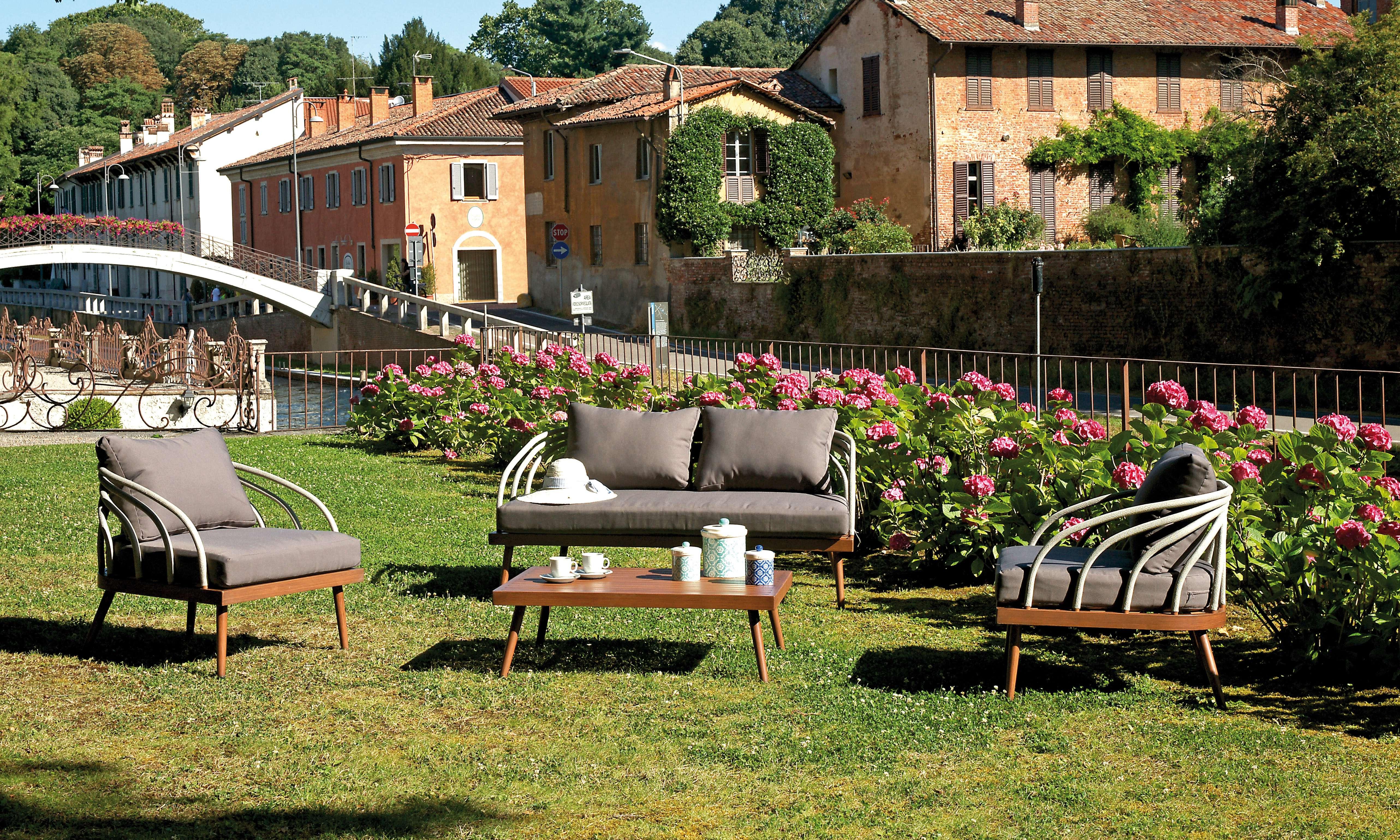 Set imperia greenwood mobili da giardino for Set mobili da giardino